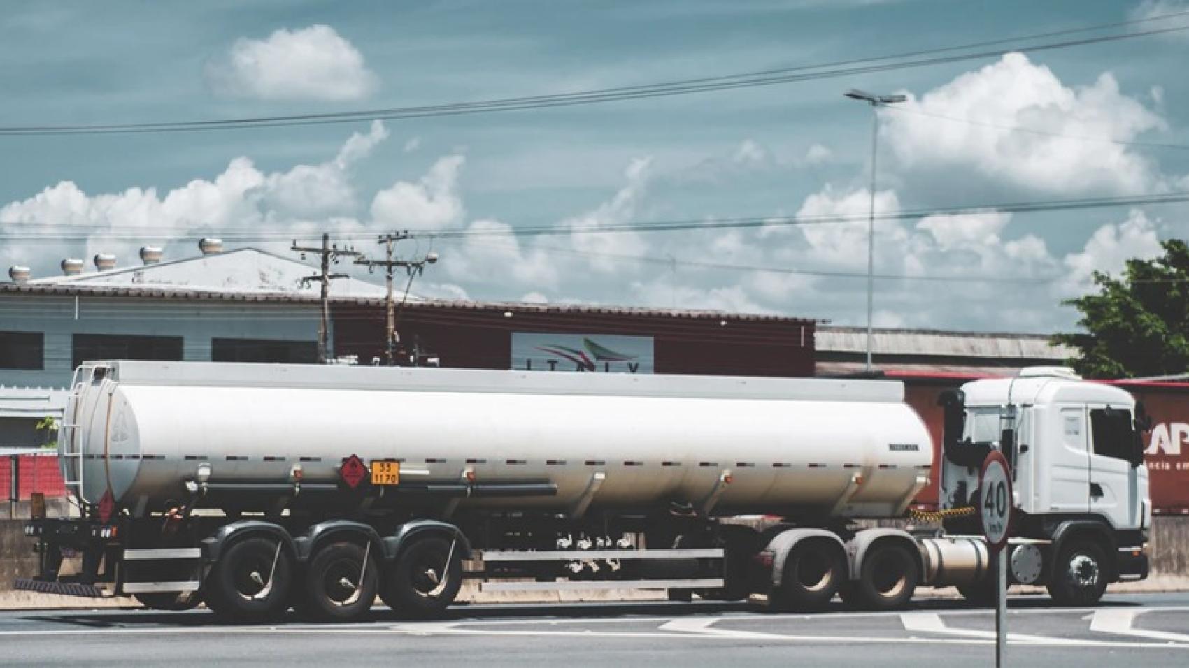 Documentos necessários para transporte de cargas perigosas