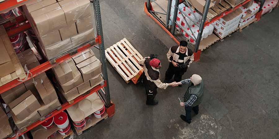 estratégias redução de custos no processo logístico